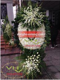 vòng hoa lan trắng to đại hai tầng