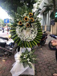 Vòng hoa viếng Tiến sỹ Lê Hải An tại Số 5 trần thánh tông