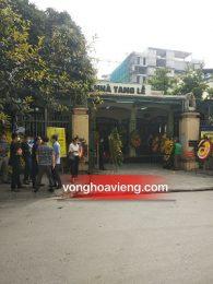 Vòng hoa tang lễ Nguyễn Viết Xuân