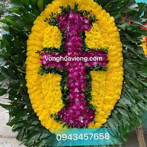 vòng hoa chữ thập đạo thiên chúa